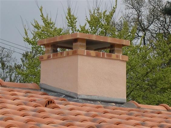 Rénovation cheminée avec briques sur la commune de ROUANS - 44640